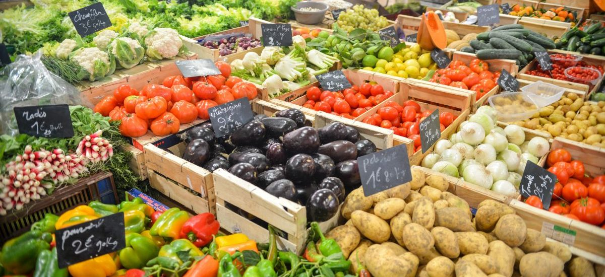 Ustawa o przeciwdziałaniu marnowaniu żywności – markety rozdadzą ją potrzebującym
