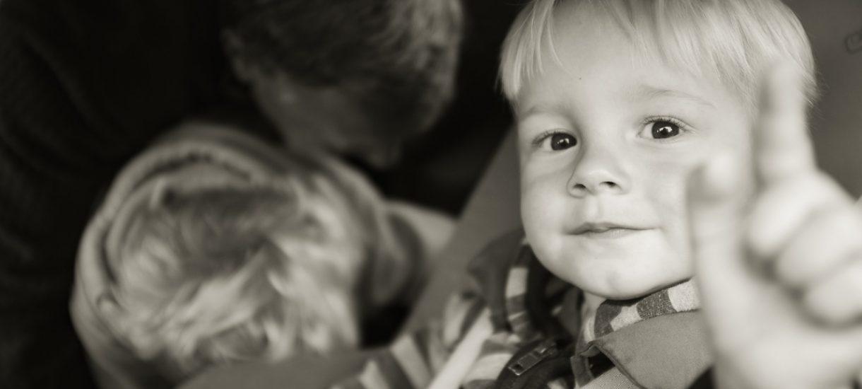 Podobno co 10. Polak wychowuje nie swoje dziecko. Zaprzeczenie ojcostwa za pomocą badań DNA