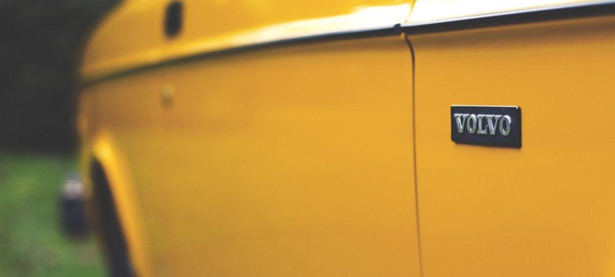 Good guy Volvo. W 1959 wymyślił współczesne pasy samochodowe i podarował ten pomysł konkurentom