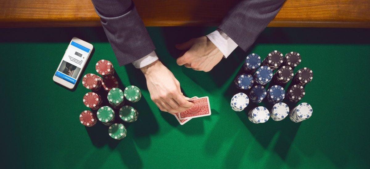 Rafał Gładysz dla Bezprawnika, w imieniu polskiego środowiska pokerowego, o wielkim blefie rządu w sprawie ustawy hazardowej