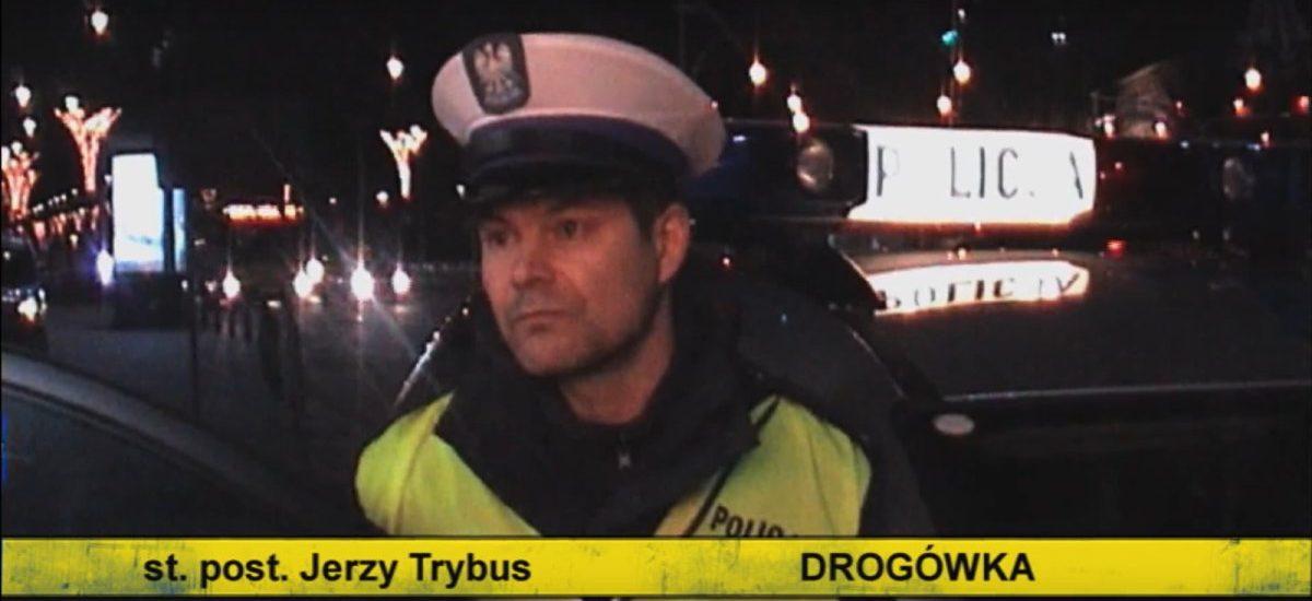 """I kto teraz śmieje się z Policji? Osoby, które ściągnęły """"Drogówkę"""" z torrentów donoszą o wizytach funkcjonariuszy"""