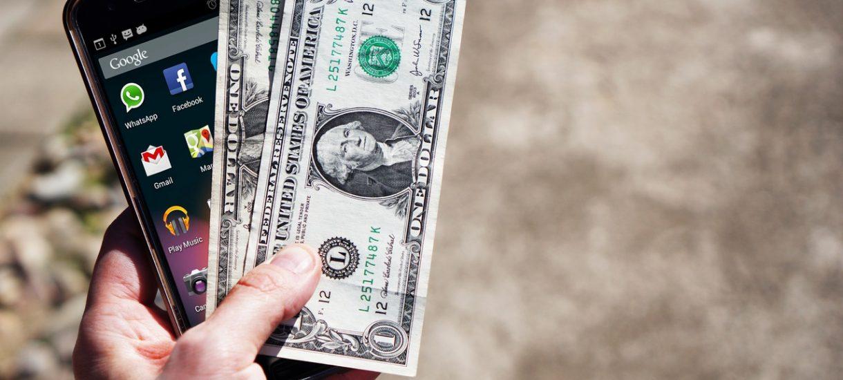 Jeśli wierzysz w Trumpa – sprzedawaj dolary, jeśli wierzysz w Clinton – kupuj. Wybory wpłyną też na kurs franka