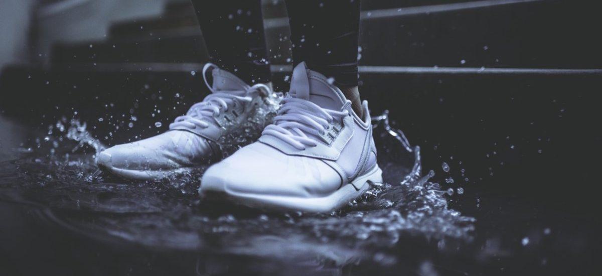 Kupują buty w internetowym sklepie MicartShop – a zamiast butów przychodzą… same sznurówki