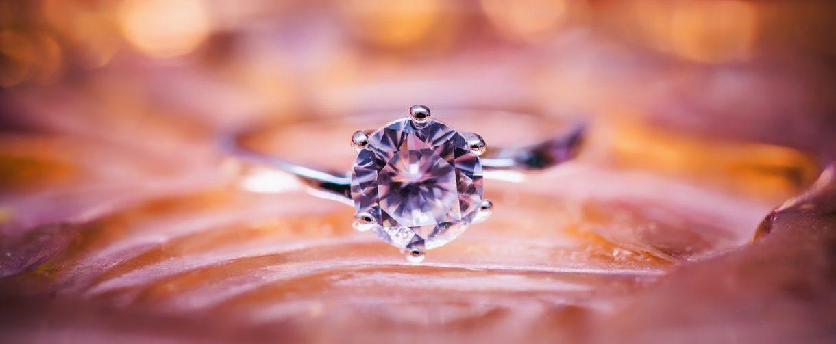 Młodzieńczy Odwołanie darowizny pierścionka zaręczynowego - aukcja pierścionka YX23
