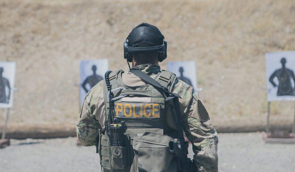 Gdy miesiąc temu RPO alarmował, że policja torturuje sobie dla zabawy, uważano go za wariata