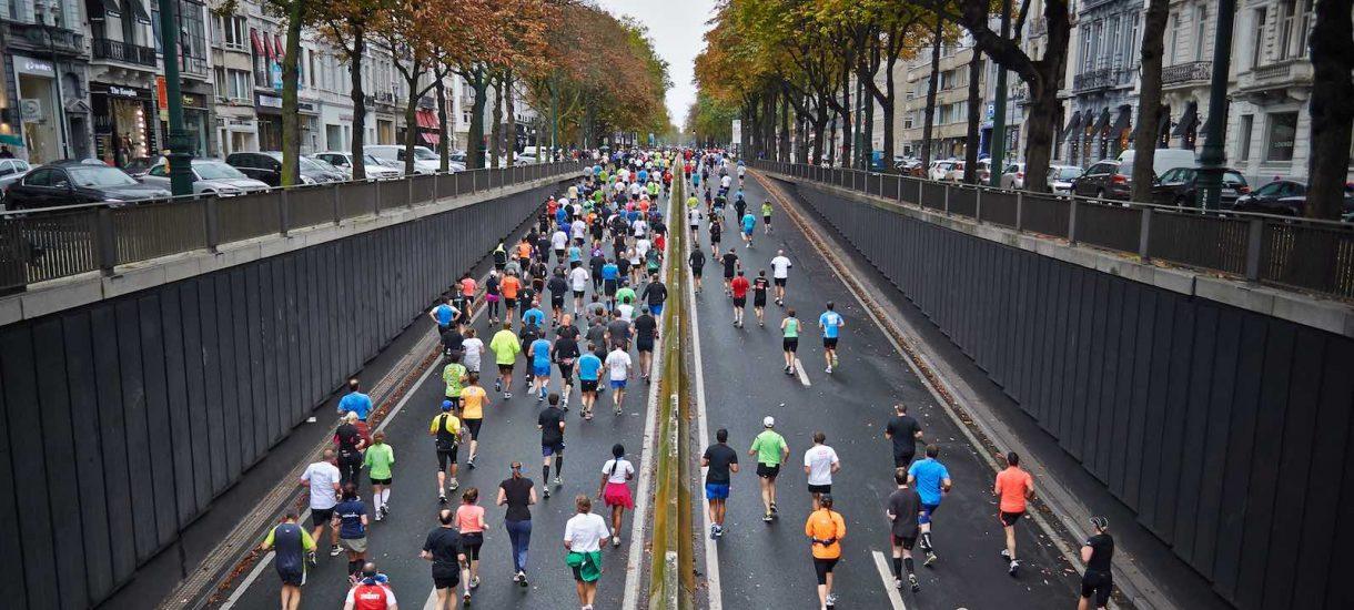 Pan Paweł wyłudził… start w maratonie – teraz będzie musiał biegać na komendę