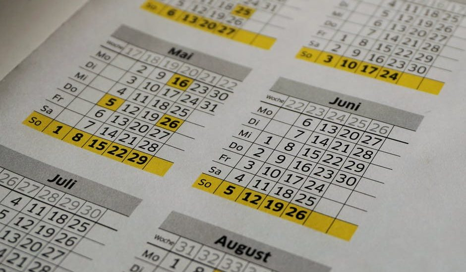 Jak wyliczyć urlop? Jak wpływają na niego lata nauki czy zmiana pracodawcy – poradnik
