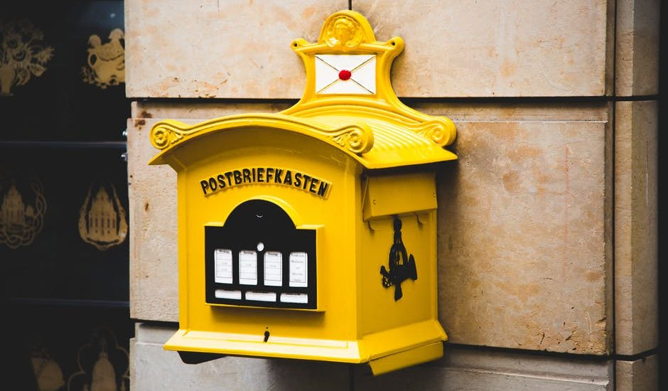 """Poczta Polska nie chce dodać adnotacji o wyprowadzce adresata, bo """"listonosze to nie detektywi"""""""