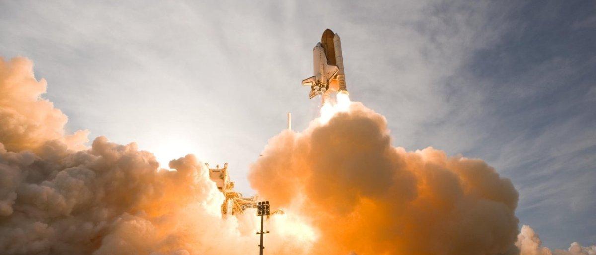 Za wystrzelenie rakiety kosmicznej bez zezwolenia będą groziły kary. To nie żart!