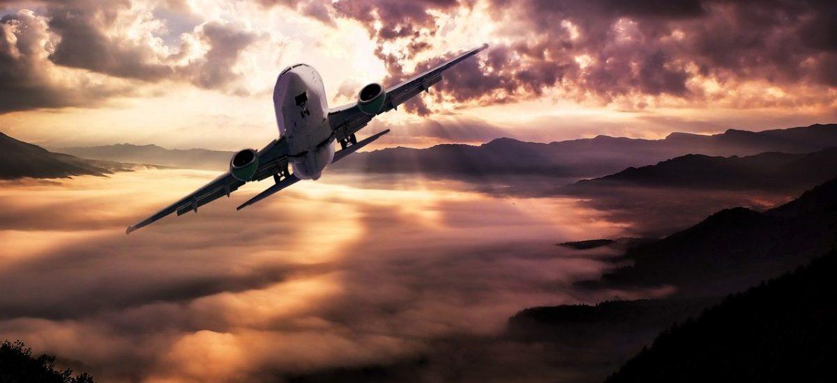 Ryanair leci sobie w kulki. A nawet gorzej: nie leci. Jedną z przyczyn jest podobno… prawo pracy