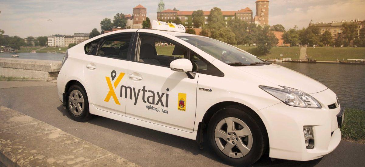 """mytaxi apeluje do użytkowników, by surowo oceniać taksówkarzy. O """"wyrywaniu chwastów"""" i samooczyszczaniu środowiska"""