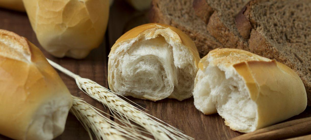 """Biedronka sprzedawała chleb """"jak za dawnych lat"""" i miała z tego powodu poważne kłopoty"""