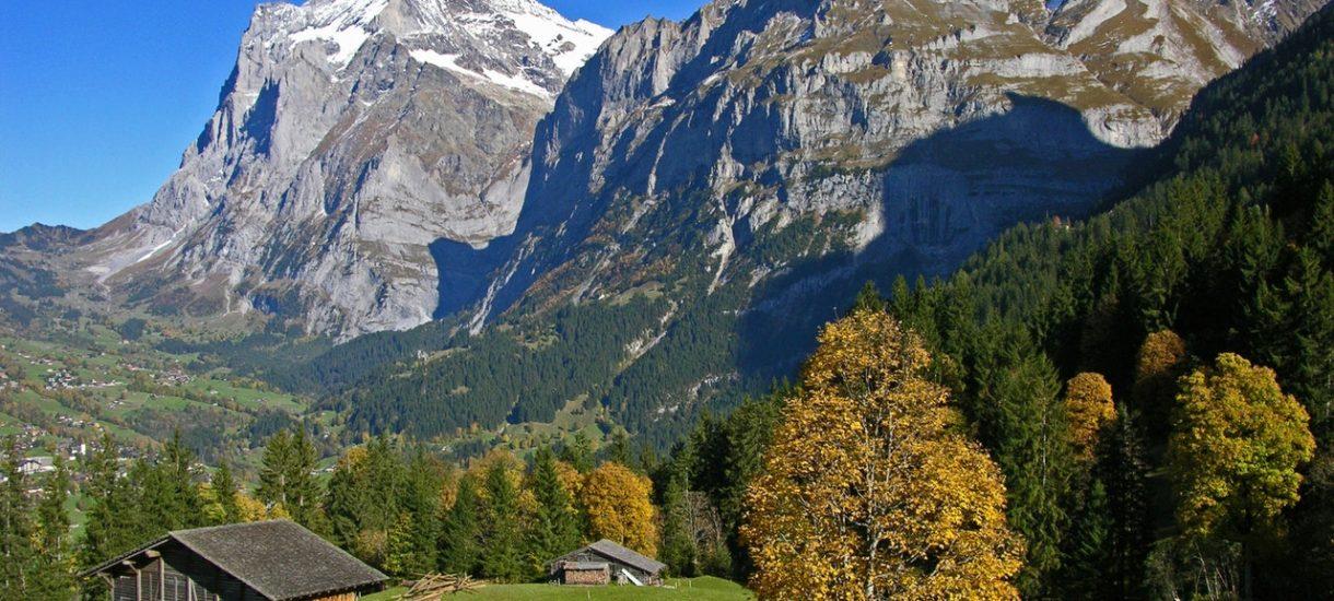 Rzuć wszystko i wyjedź do… Szwajcarii. Alpejska wioska zapłaci ci 100 tys. zł jeśli się tam przeniesiesz