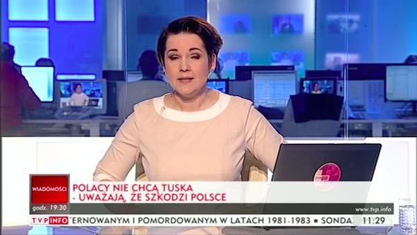 paski TVP - Polacy nie chcą Tuska