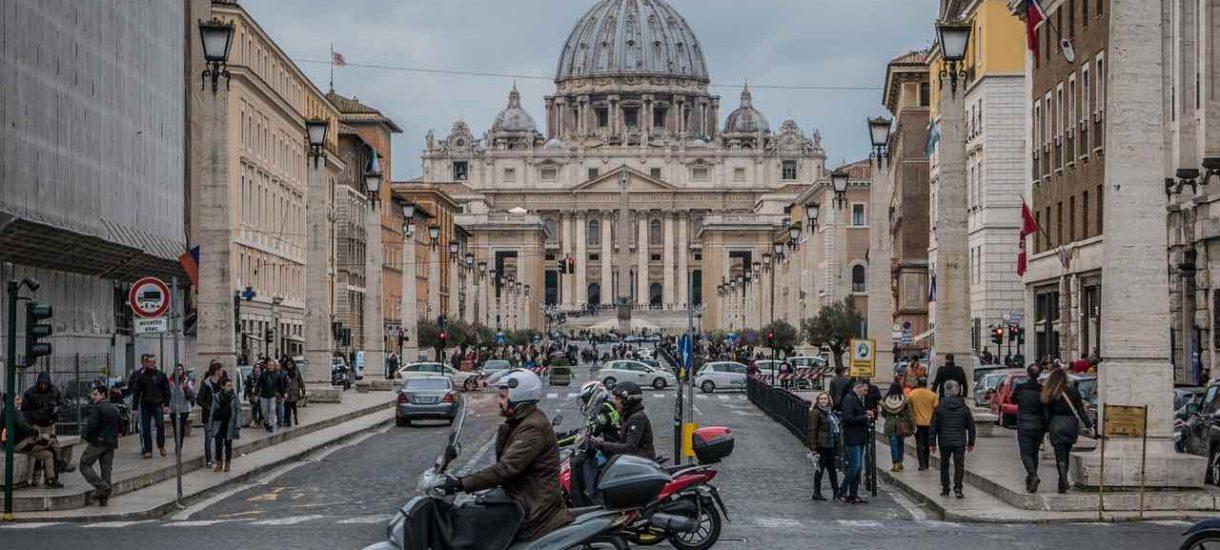 Władze Rzymu uchylają decyzję cesarza Oktawiana Augusta sprzed 2000 lat. Owidiusz może już bezpiecznie wrócić z wygnania
