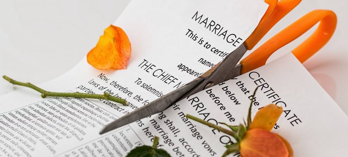 Rozwód – najważniejsze informacje. Gdzie wnieść pozew o rozwód? Po co jest pozew z orzekaniem o winie?