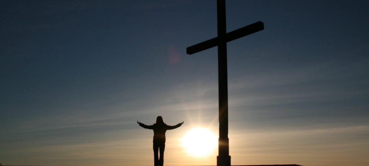 Boża wola – mówi sędzia, po czym przerywa obrady ławy przysięgłych i uniewinnia oskarżoną o handel ludźmi
