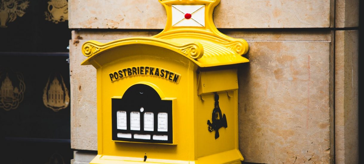 Poczta Polska postawiła swój pierwszy paczkomat. Jeżeli testy zakończą się pomyślnie to InPost może czuć się zagrożony