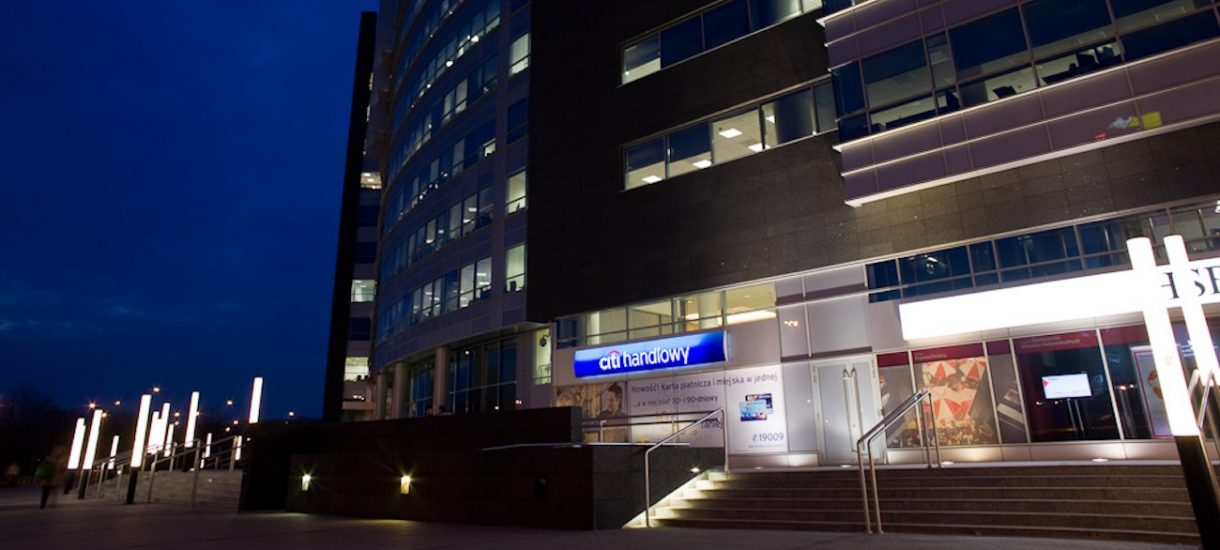 Który bank pożyczy najwięcej rodzinie? Najhojniejsze Eurobank, Citi Handlowy i Pekao SA