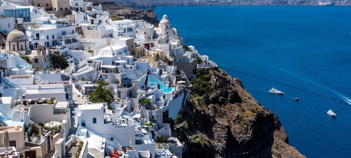 Poznaniacy na wakacjach, czyli proces z powodu plastikowej deski sedesowej w hotelu w Grecji