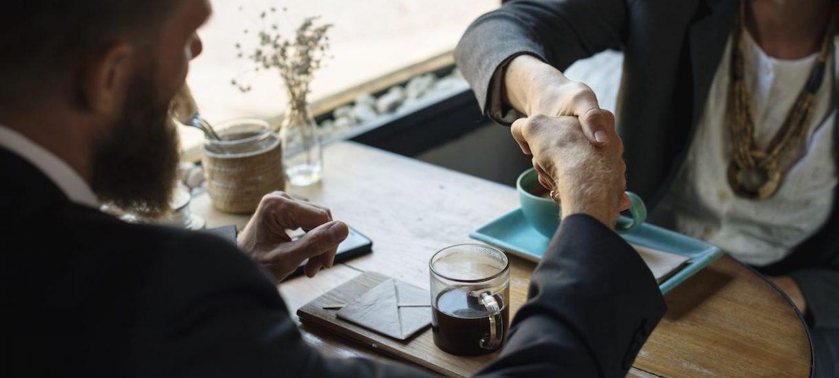 Jak dostać pracę? Prezesi największych firm mówią, czego szukają u kandydatów i czego pod żadnym pozorem NIE CHCĄ widzieć u pracowników