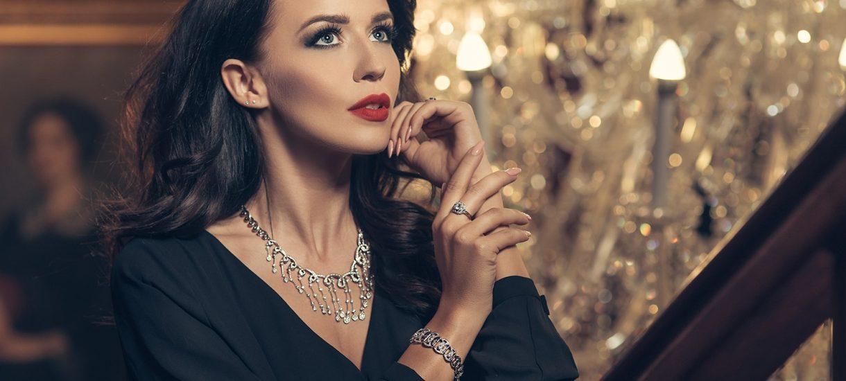 Czy warto inwestować w biżuterię?