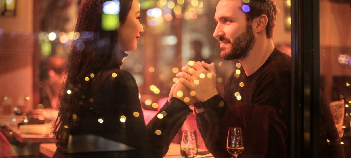 Amerykanin zażądał zwrotu pieniędzy jakie wydał na randce. Kto płaci na randce?