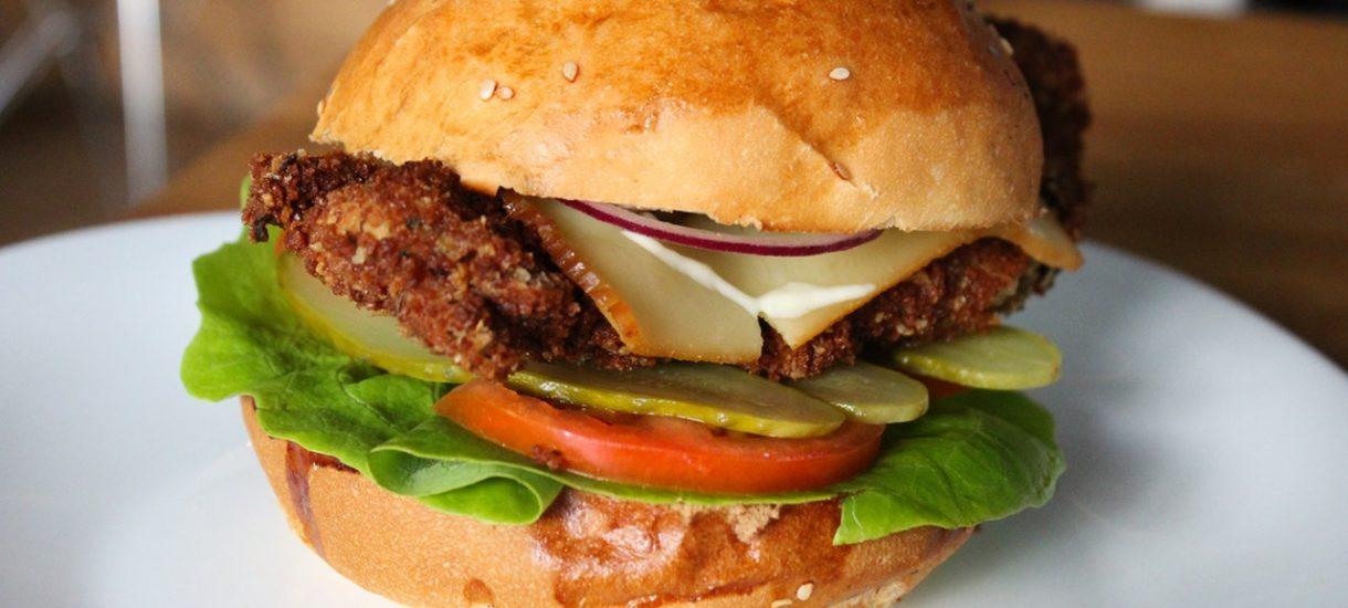 Czy czeka nas podwyżka cen cheeseburgerów? To możliwe, bo McDonald's przegrał ważny proces w sądzie. Oczywiście o podatki