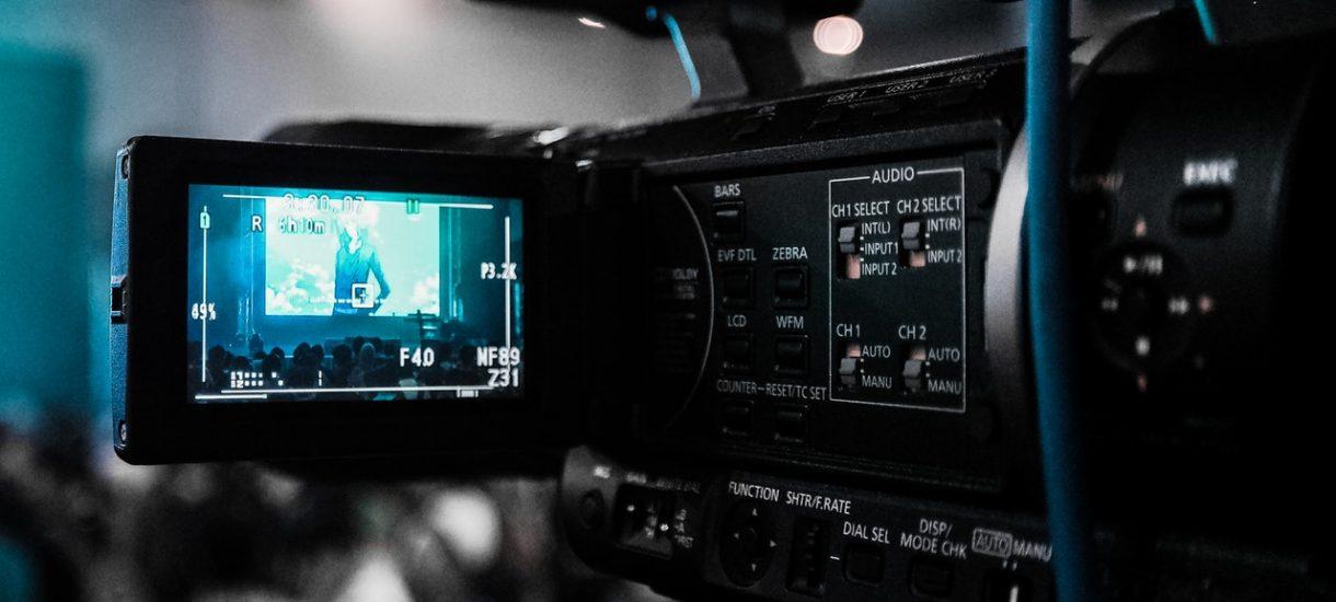 Wrocławskie Tesco zainstalowało kamerę bez wiedzy i zgody pracowników. Czy takie działanie jest w ogóle legalne?