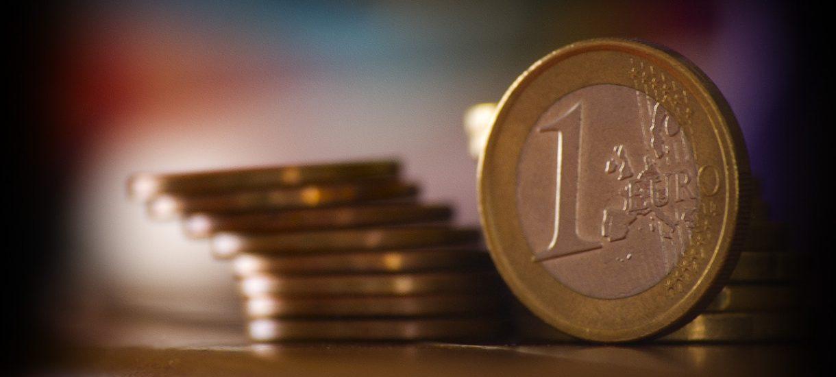 Niemcy sprzedają banknoty z Marksem o nominale 0 euro za 3 euro. Idą jak woda