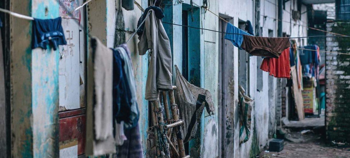 Finlandia znalazła sposób na pomoc bezdomnym: rozdają ludziom mieszkania. To działa i się opłaca