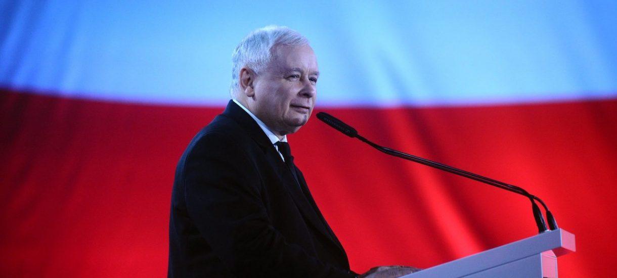 """Kaczyński: """"ja naprawdę na polityce nie zyskuję, tylko tracę"""".  Czy lider PiS naprawdę dorobiłby się na byciu radcą prawnym?"""