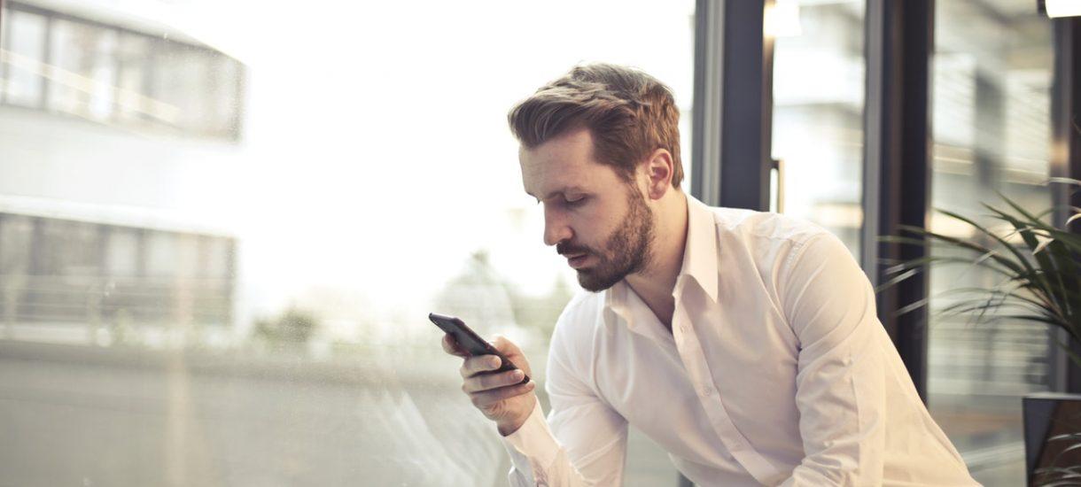 Jest 2018 rok. Czy smartfon, zamiast biura firmowego, może już śmiało być miejscem pracy?