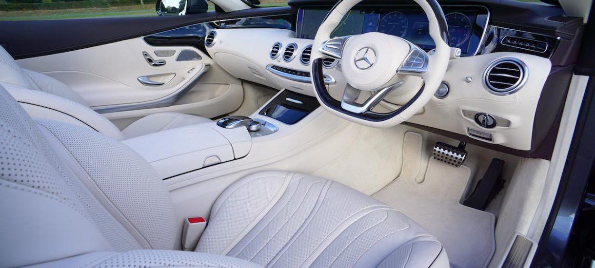 Przyłapali kierowcę na OtoMoto: kupił BMW, cofnął licznik, podniósł cenę o 10 000 złotych i wystawił samochód ponownie?