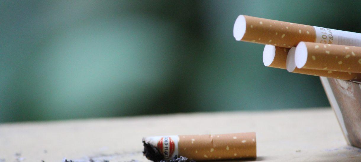 Walia jako pierwsza w Wielkiej Brytanii zakaże palenia na świeżym powietrzu!