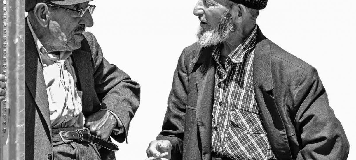 ZUS wysyła do emerytów listy z pytaniem, czy żyją. To nie przejaw czarnego humoru, a zwykła kontrola