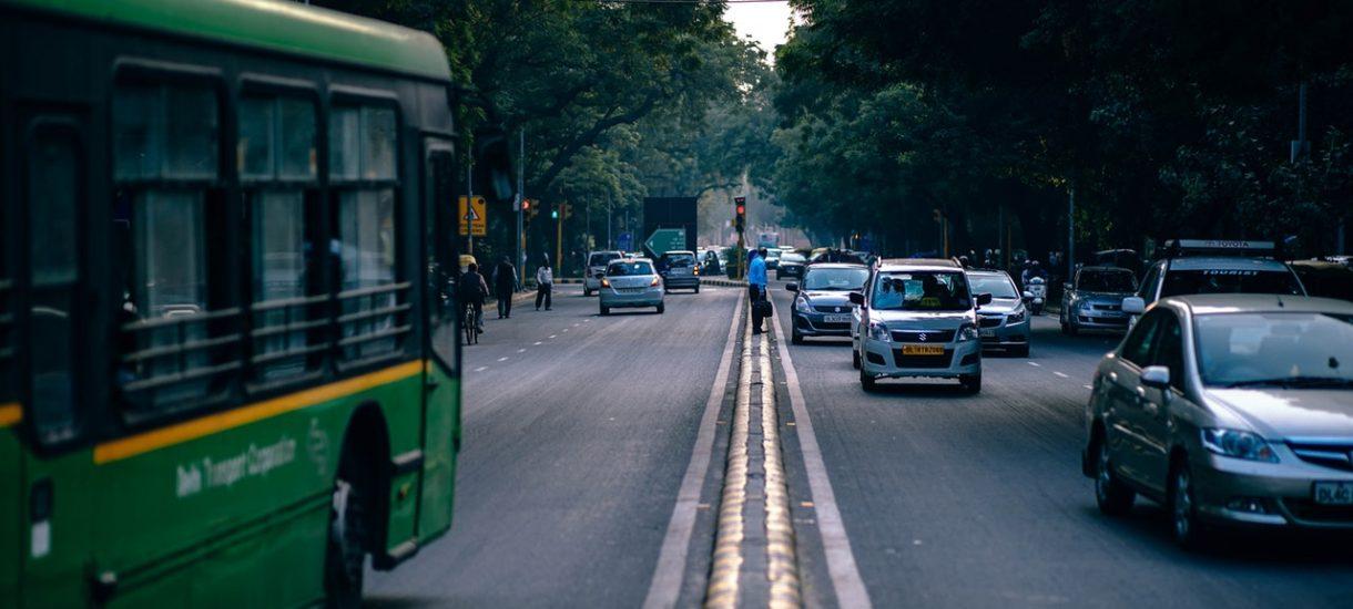 Jakościowa, za wjazd do strefyeko, emisyjna, za parkowanie w centrum oraz kara za spóźnione badanie to nowe koszty dla kierowców