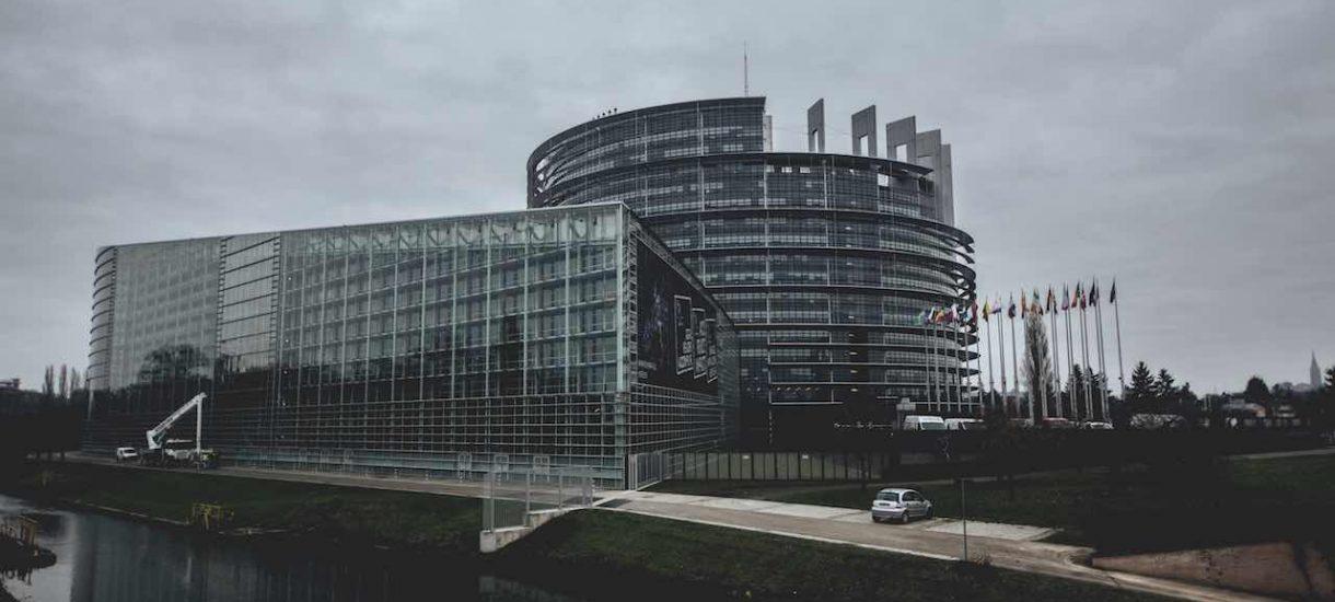 Komisja Europejska wszczyna postępowanie przeciwko Polsce przez zamieszanie z Sądem Najwyższym