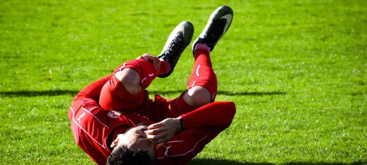 Dlaczego Peszko może skopać piłkarza na boisku i nie będzie odpowiadać przed sądem za pobicie?