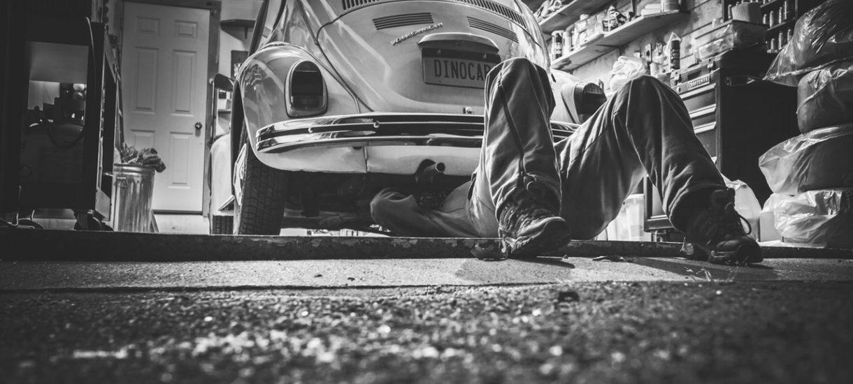 Jak oszukują nas mechanicy samochodowi? Przedstawiamy nieuczciwe praktyki i sposoby, jak się przed nimi bronić