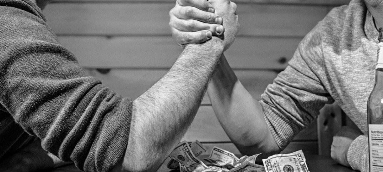 Bukmacher STS nie chce wypłacić zasłużonej wygranej. Czy można jakoś racjonalnie uargumentować tę decyzję?