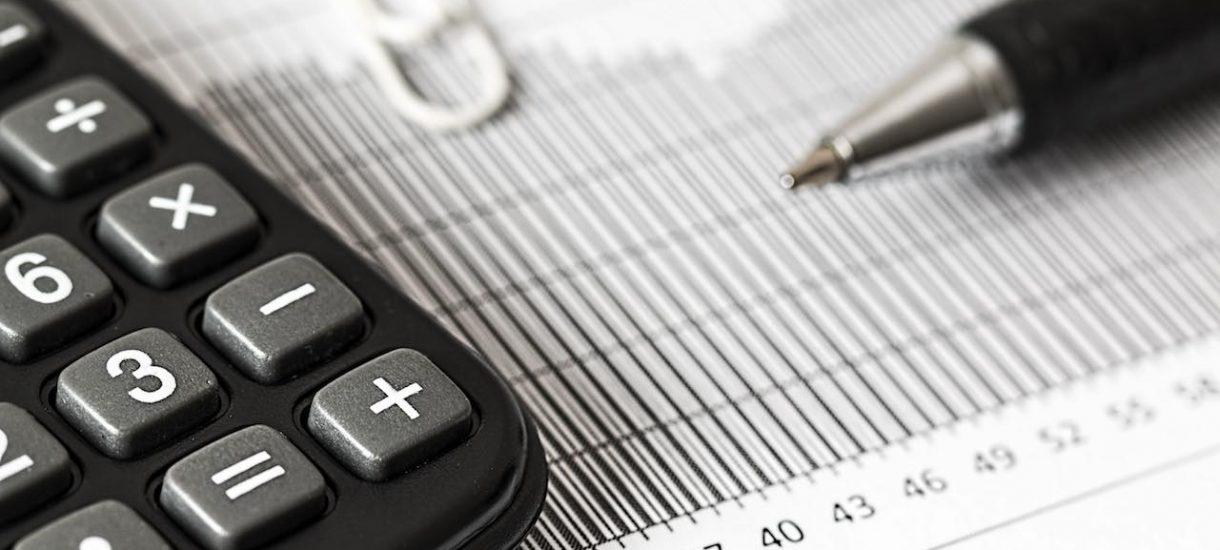 Skarbówka nie radzi sobie z kontrolą oszustów, więc przyjęła politykę szukania dziury w całym u co większych przedsiębiorców