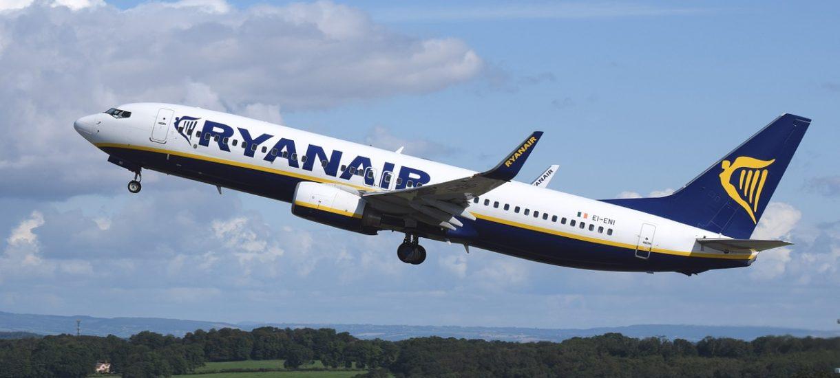 Ryanair wprowadza płatny bagaż podręczny. Kolejna opłata, która sprawia, że tani przewoźnik jest tani tylko z nazwy
