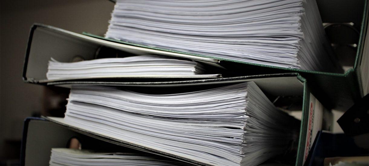 W ramach informacji publicznej chciał poznać premie w starostwie. Urzędnicy domagają się 4 tys. zł, bo przygotowanie dokumentów jest czasochłonne