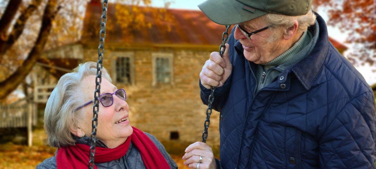 Obniżenie wieku emerytalnego w praktyce – jak dostać wysoką emeryturę?