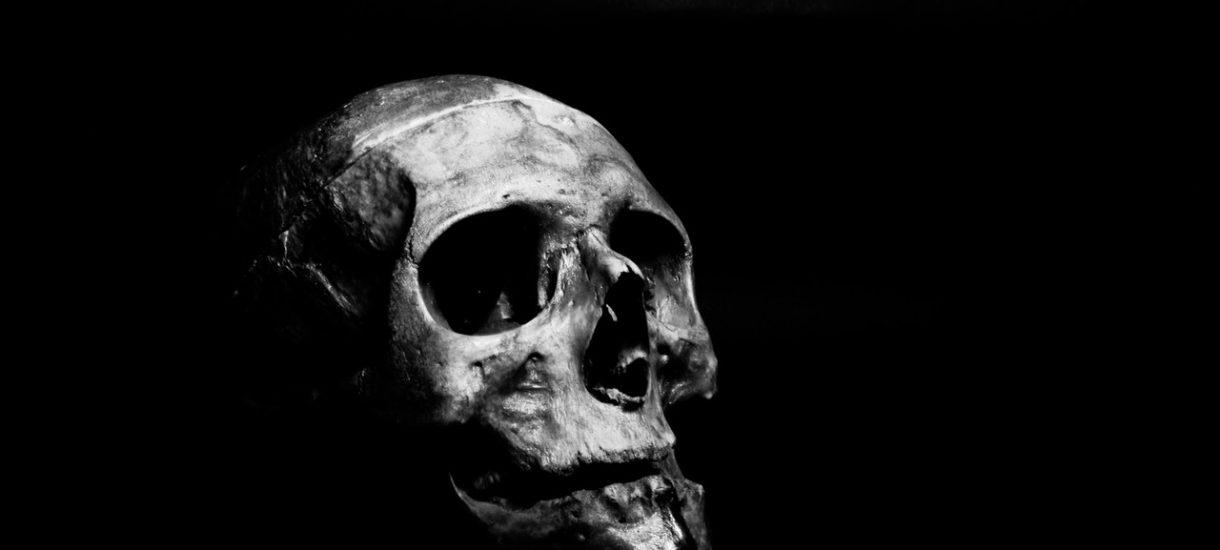 Dlaczego za spowodowanie śmierci człowieka można odpowiadać za pobicie ze skutkiem śmiertelnym, a nie… zabójstwo? Niesprawiedliwość, czy brak świadomości prawnej społeczeństwa?