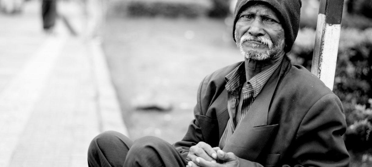 Niemcy: kary dla bezdomnych za nocowanie na ulicy i nowe domy dla uchodźców. Albo płacisz, albo idziesz do więzienia