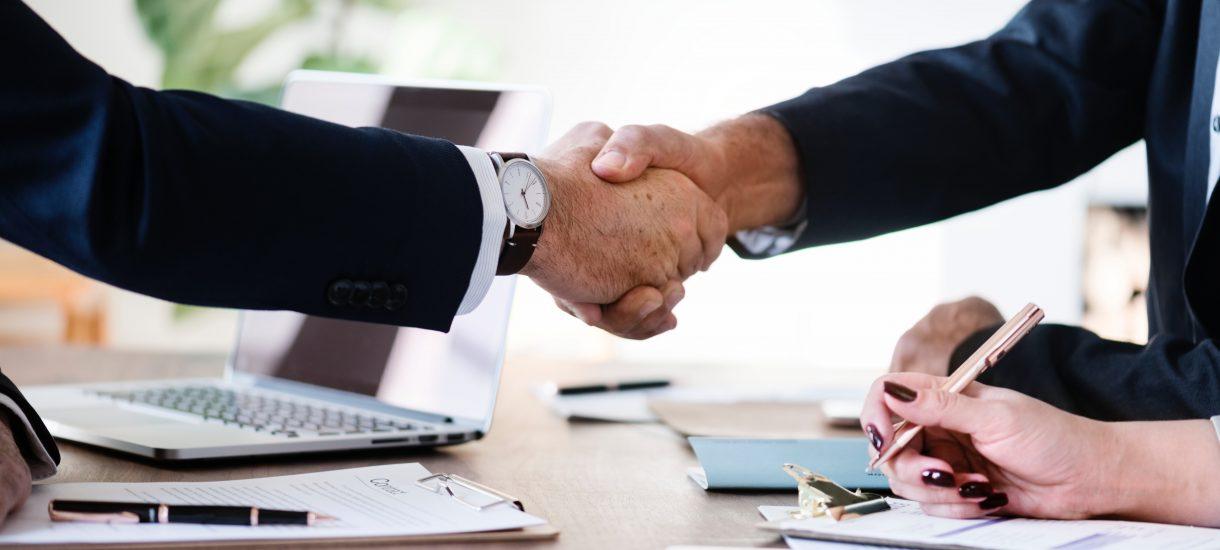 Getin Noble Bank planuje połączenie z Idea Bankiem. Póki co, poszukuje strategicznego inwestora