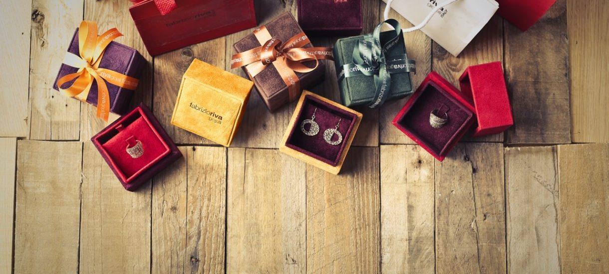 Chcesz kupić prezenty na święta przez Aliexpress? Uważaj, skarbówka w tym roku będzie prześwietlać paczki wyjątkowo uważnie