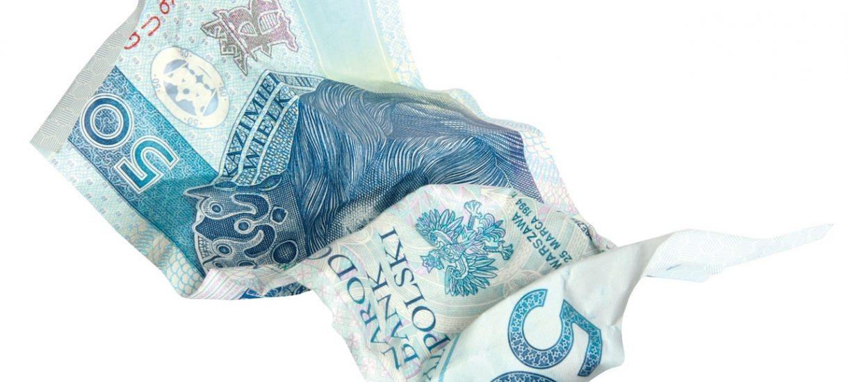 Co zrobić z porwanym banknotem? Czy zniszczone pieniądze można w jakiś sposób odzyskać?